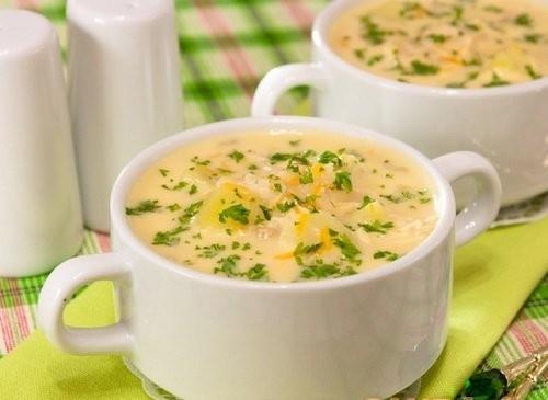 Суп с курицей по-французски