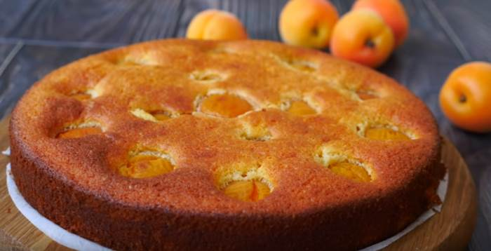Очень вкусный пирог с любыми фруктами